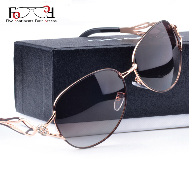 902a2c5c5c5 2015 Fashion Polarized Sunglasses Women Diamond Luxury Brand Design Sun  Glasses Female Polaroid Lens Oculos De Sol Feminino