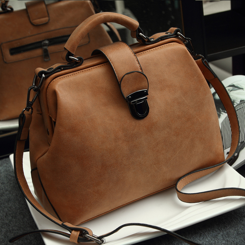 64b6cc2fe8a8 Retro messenger bag women handbag women bags bolson Doctor s bag Fashion  brand Shoulder wholesale price