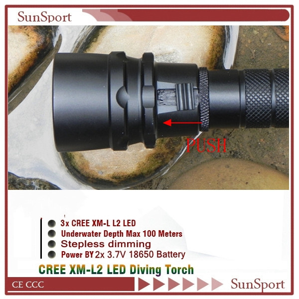 Underwater Flash Diving Light 100M Waterproof with LED Dimmable Flashlight